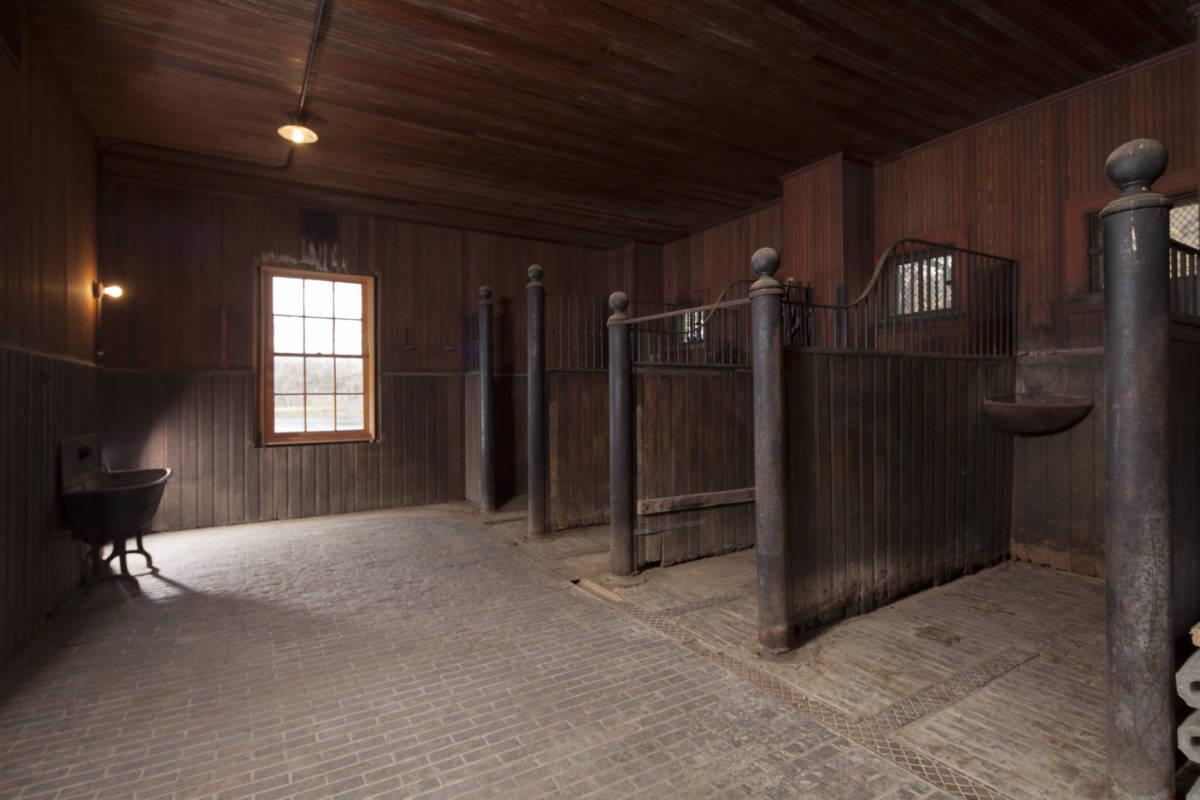 MN-Hennepin-County-Noerenberg-Estate-Barn-0014